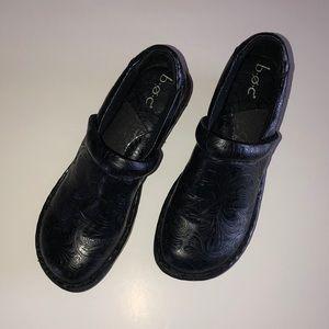 BORN BOC Black Embossed Comfort Shoes